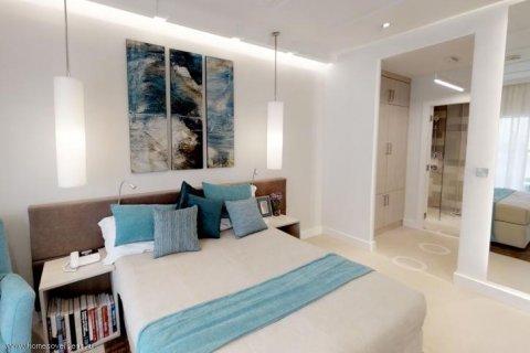 Apartment in Palm Jumeirah, Dubai, UAE 30 sq.m. № 1766 - photo 9