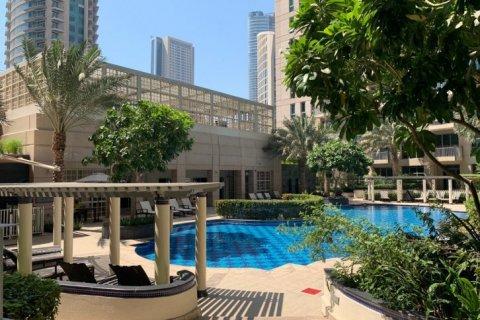 Apartment in Burj Khalifa, Dubai, UAE 2 bedrooms, 110 sq.m. № 1779 - photo 14