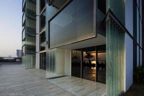 Apartment in Palm Jumeirah, Dubai, UAE 3 bedrooms, 220 sq.m. № 1722 - photo 5