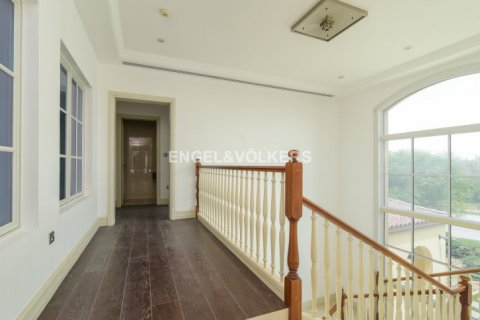 Villa in Jumeirah Golf Estates, Dubai, UAE 5 bedrooms, 1240 sq.m. № 1724 - photo 14