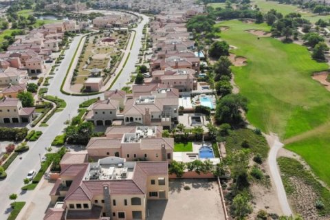 Villa in Jumeirah Golf Estates, Dubai, UAE 6 bedrooms, 1106 sq.m. № 1398 - photo 5