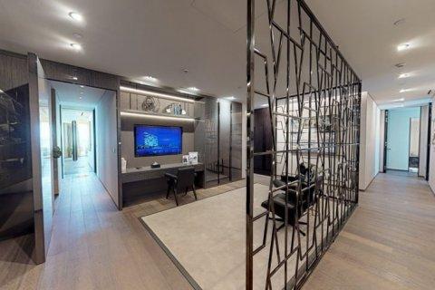 Penthouse in Palm Jumeirah, Dubai, UAE 4 bedrooms, 448 sq.m. № 1366 - photo 13