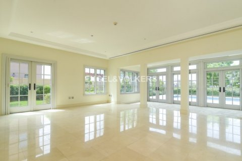 Villa in Jumeirah Golf Estates, Dubai, UAE 6 bedrooms, 750 sq.m. № 1727 - photo 8
