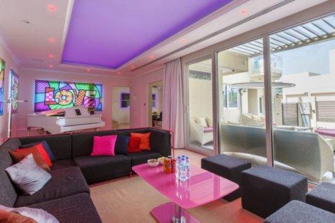 Villa in The Sustainable City, Dubai, UAE 4 bedrooms, 350 sq.m. № 1676 - photo 2