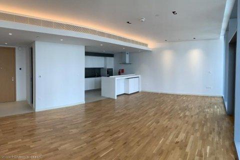 Apartment in Dubai, UAE 1 bedroom, 90 sq.m. № 1743 - photo 1