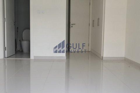 Apartment in DAMAC Hills (Akoya by DAMAC), Dubai, UAE 2 bedrooms, 148.6 sq.m. № 2322 - photo 3