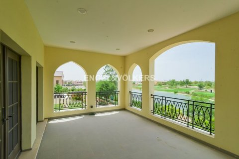 Villa in Jumeirah Golf Estates, Dubai, UAE 5 bedrooms, 1240 sq.m. № 1724 - photo 5