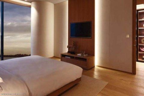 Apartment in Palm Jumeirah, Dubai, UAE 3 bedrooms, 250 sq.m. № 1744 - photo 7