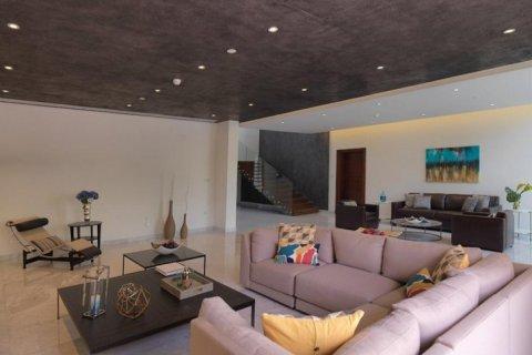 Villa in Mohammed Bin Rashid City, Dubai, UAE 850 sq.m. № 1438 - photo 10