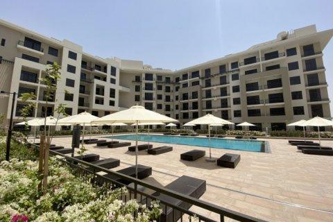 Apartment in Town Square, Dubai, UAE 2 bedrooms, 95 sq.m. № 1375 - photo 1