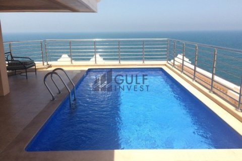 Penthouse in Palm Jumeirah, Dubai, UAE 3 bedrooms, 816 sq.m. № 1793 - photo 4