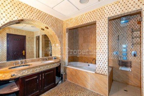 Villa in Dubai Land, Dubai, UAE 6 bedrooms, 1254.2 sq.m. № 5196 - photo 28