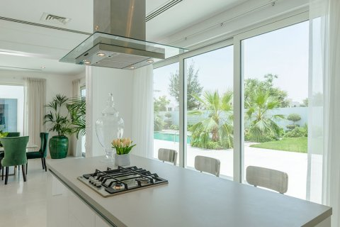 Villa in Al Barari, Dubai, UAE 6 bedrooms, 833.8 sq.m. № 3306 - photo 18