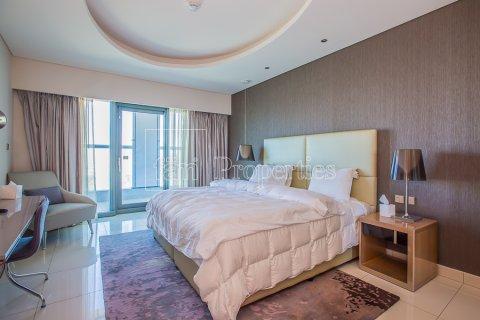 Apartment in Business Bay, Dubai, UAE 2 bedrooms, 128.9 sq.m. № 4861 - photo 14