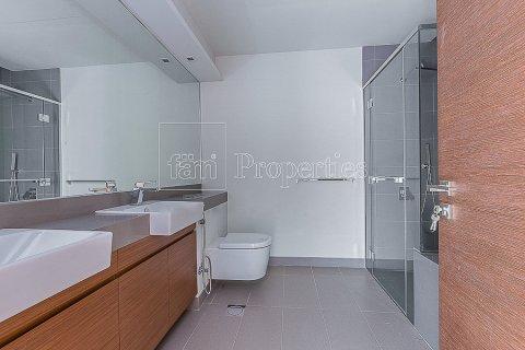 Apartment in Jumeirah, Dubai, UAE 3 bedrooms, 204.6 sq.m. № 4706 - photo 7