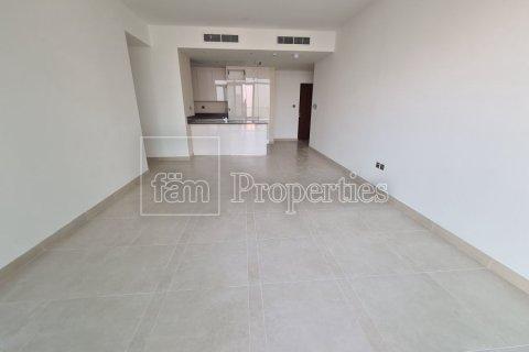 Apartment in Dubai Marina, Dubai, UAE 2 bedrooms, 112.4 sq.m. № 3201 - photo 2