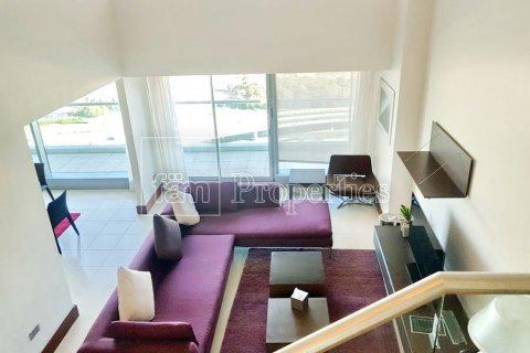 Apartment in Dubai, UAE 3 bedrooms, 246 sq.m. № 5572 - photo 30