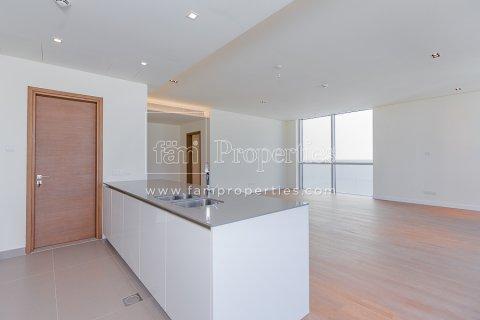 Apartment in Jumeirah, Dubai, UAE 3 bedrooms, 204.2 sq.m. № 5280 - photo 3