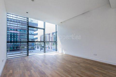 Apartment in Jumeirah, Dubai, UAE 3 bedrooms, 215.2 sq.m. № 4760 - photo 3