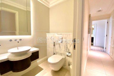 Apartment in Downtown Dubai (Downtown Burj Dubai), Dubai, UAE 2 bedrooms, 134.6 sq.m. № 4261 - photo 8