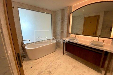 Apartment in Downtown Dubai (Downtown Burj Dubai), Dubai, UAE 2 bedrooms, 191.3 sq.m. № 3507 - photo 22