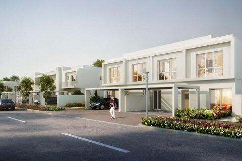 Villa in Dubai Land, Dubai, UAE 5 bedrooms, 282.5 sq.m. № 4396 - photo 9