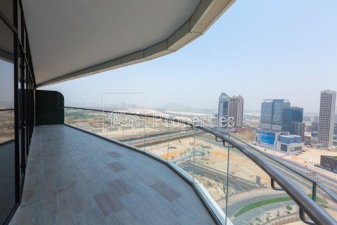 Apartment in Downtown Dubai (Downtown Burj Dubai), Dubai, UAE 2 bedrooms, 171 sq.m. № 5650 - photo 2