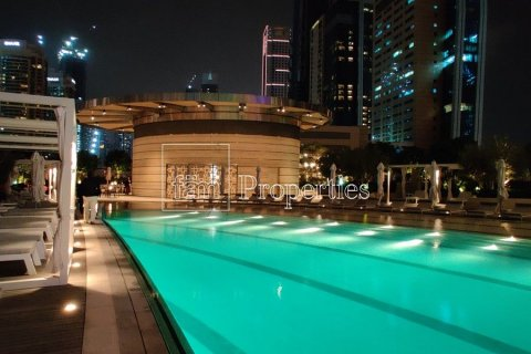Apartment in Downtown Dubai (Downtown Burj Dubai), Dubai, UAE 1 bedroom, 97.5 sq.m. № 4523 - photo 12