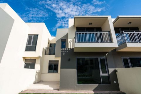 Townhouse in Dubai Hills Estate, Dubai, UAE 4 bedrooms, 229 sq.m. № 6679 - photo 14