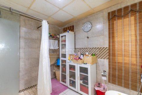 Villa in Dubai Land, Dubai, UAE 5 bedrooms, 550.7 sq.m. № 3848 - photo 14