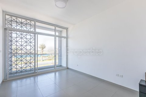 Townhouse in Dubai Land, Dubai, UAE 3 bedrooms, 204.4 sq.m. № 3281 - photo 13