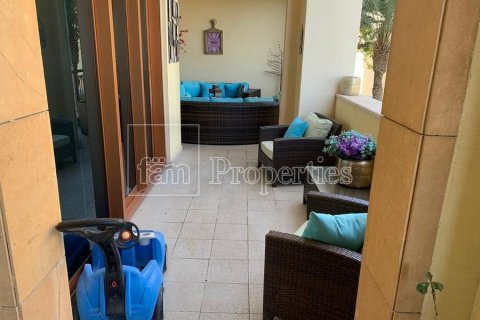Apartment in Palm Jumeirah, Dubai, UAE 2 bedrooms, 189.2 sq.m. № 3288 - photo 6