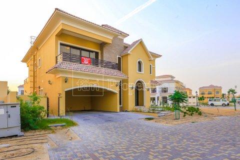 Villa in Dubai Land, Dubai, UAE 5 bedrooms, 641 sq.m. № 5052 - photo 3