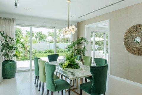 Villa in Al Barari, Dubai, UAE 6 bedrooms, 833.8 sq.m. № 3306 - photo 19