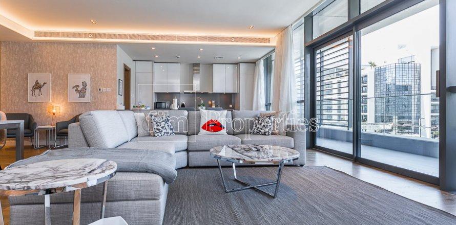 Apartment in Jumeirah, Dubai, UAE 3 bedrooms, 174.7 sq.m. № 4230