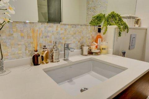 Apartment in Dubai, UAE 1 bedroom, 102.7 sq.m. № 3581 - photo 13