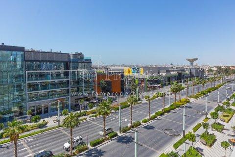 Apartment in Jumeirah, Dubai, UAE 2 bedrooms, 177.1 sq.m. № 5306 - photo 9