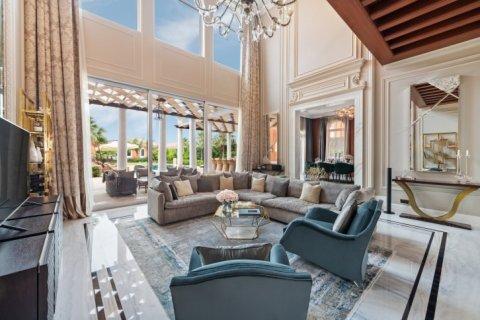 Villa in Palm Jumeirah, Dubai, UAE 7 bedrooms, 863 sq.m. № 6592 - photo 13