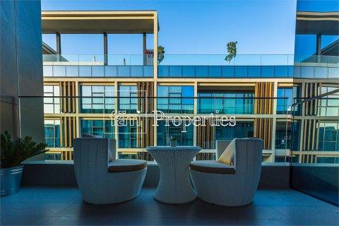 Apartment in Jumeirah, Dubai, UAE 2 bedrooms, 177.4 sq.m. № 4767 - photo 7