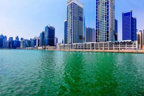Apartment in Business Bay, Dubai, UAE 2 bedrooms, 136 sq.m. № 4922 - photo 23