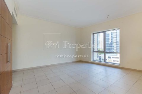 Apartment in Downtown Dubai (Downtown Burj Dubai), Dubai, UAE 2 bedrooms, 156 sq.m. № 3867 - photo 2