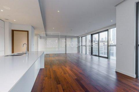 Apartment in Jumeirah, Dubai, UAE 3 bedrooms, 265.6 sq.m. № 4775 - photo 6