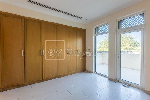 Villa in Jumeirah, Dubai, UAE 3 bedrooms, 826.6 sq.m. № 3417 - photo 17