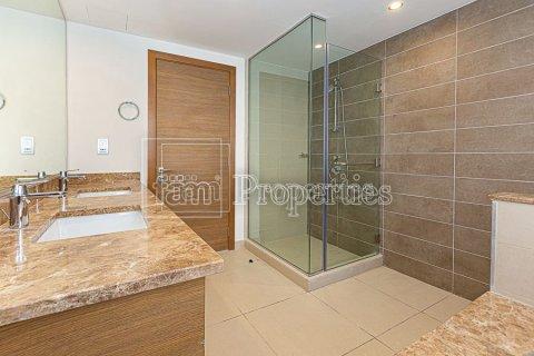 Villa in Dubai Hills Estate, Dubai, UAE 4 bedrooms, 458.3 sq.m. № 3199 - photo 17
