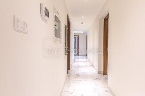 Apartment in Business Bay, Dubai, UAE 2 bedrooms, 126.3 sq.m. № 3680 - photo 15