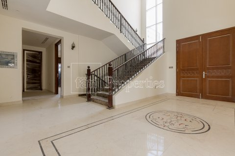 Villa in Dubai Land, Dubai, UAE 7 bedrooms, 1021.6 sq.m. № 5030 - photo 2
