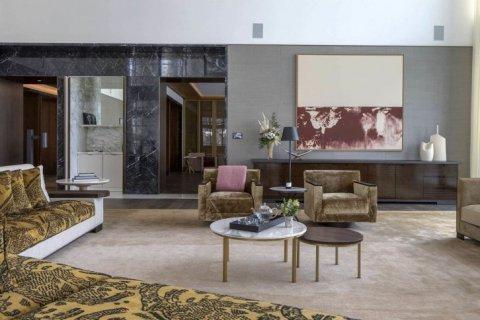 Penthouse in Dubai, UAE 5 bedrooms, 1645 sq.m. № 6643 - photo 9