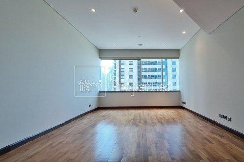 Apartment in Dubai Marina, Dubai, UAE 4 bedrooms, 566.6 sq.m. № 3397 - photo 17