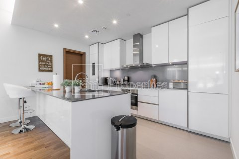 Apartment in Jumeirah, Dubai, UAE 2 bedrooms, 177.4 sq.m. № 4766 - photo 4