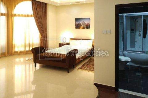 Villa in Emirates Hills, Dubai, UAE 7 bedrooms, 1723.6 sq.m. № 3674 - photo 13